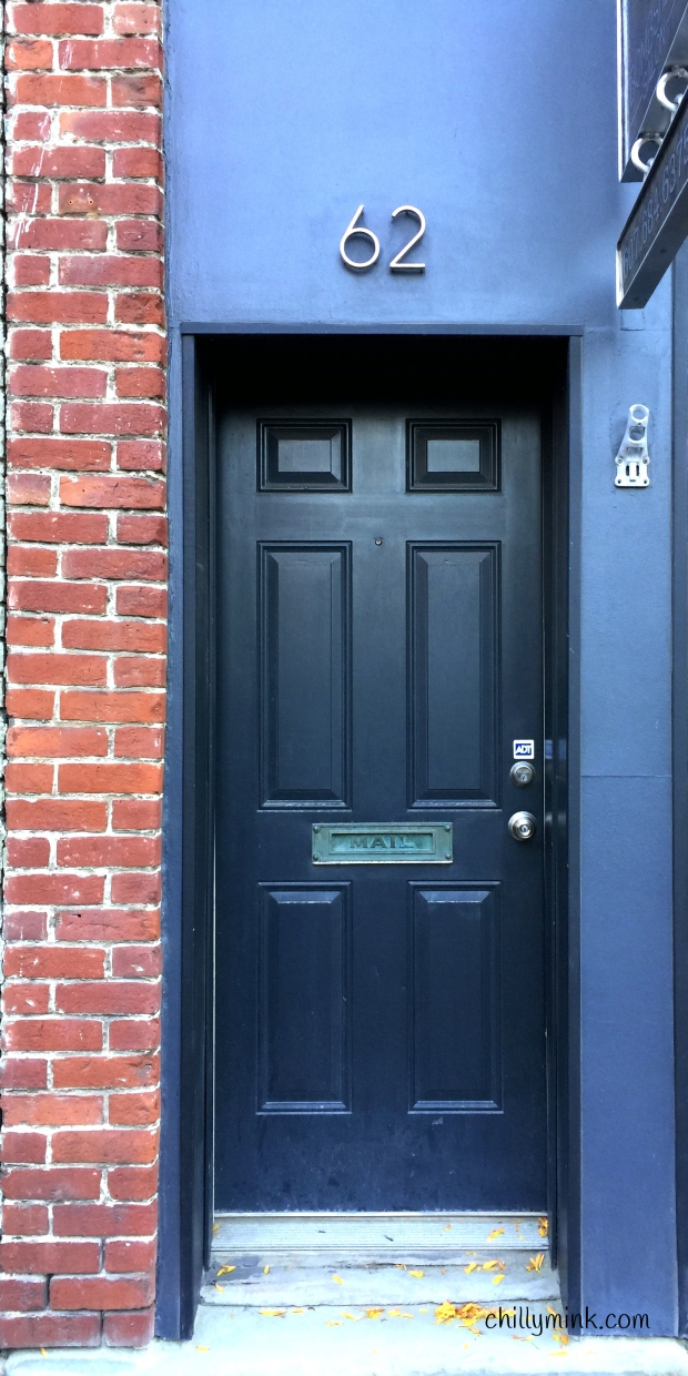 cm-corning-door-blue-62fotor