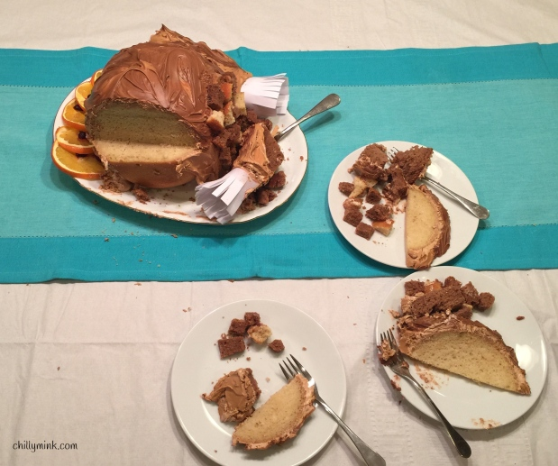 cm-turkey-cake-3-pieces-cut-_fotor